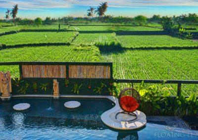 green-retreat-hotel-pool